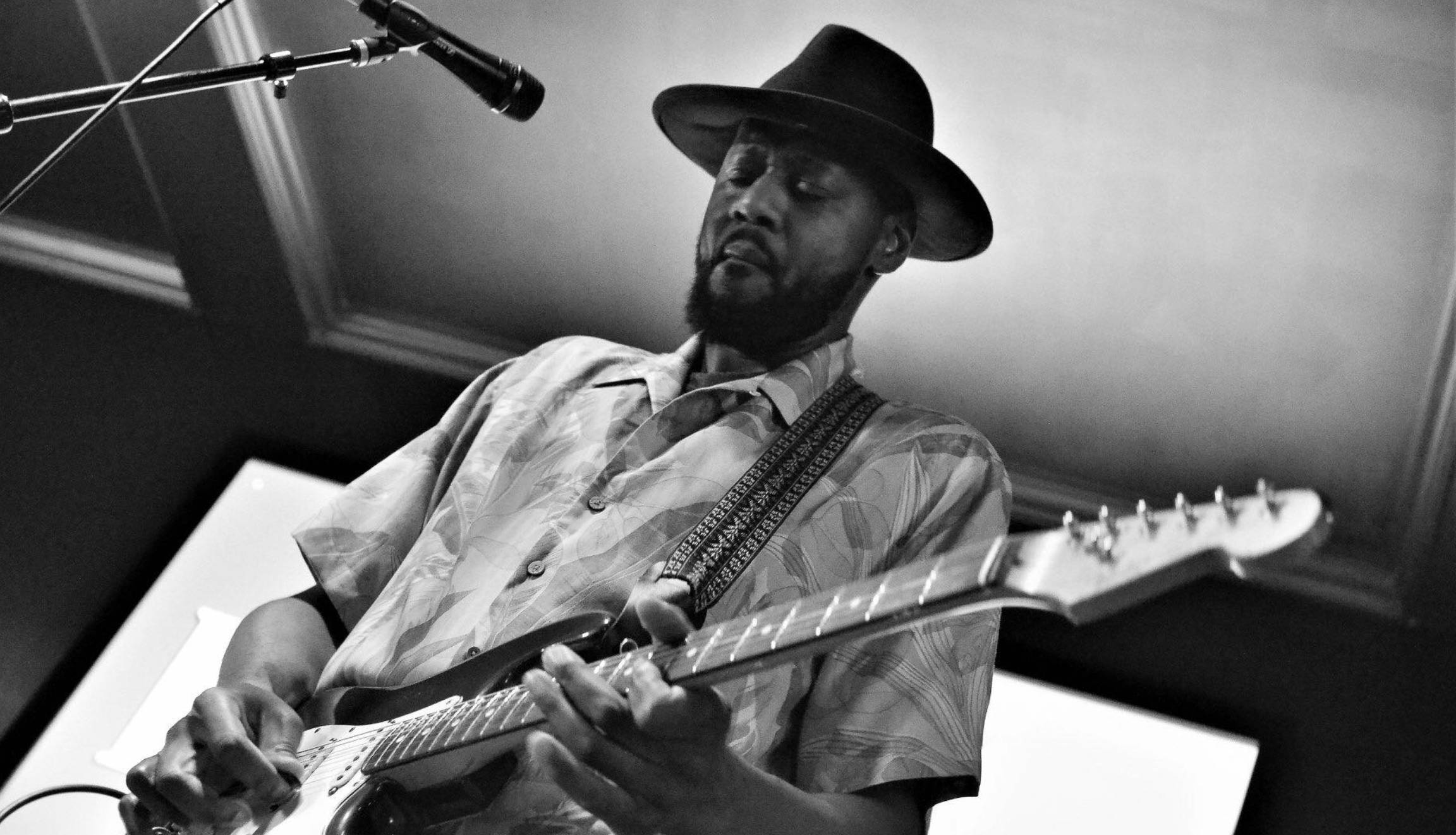 Monday Blues Jam w/ Rick Rushing
