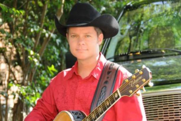 Live Music with Craig Curtis