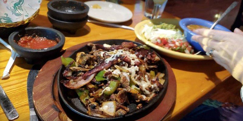 El Molcajete Mexican Grill