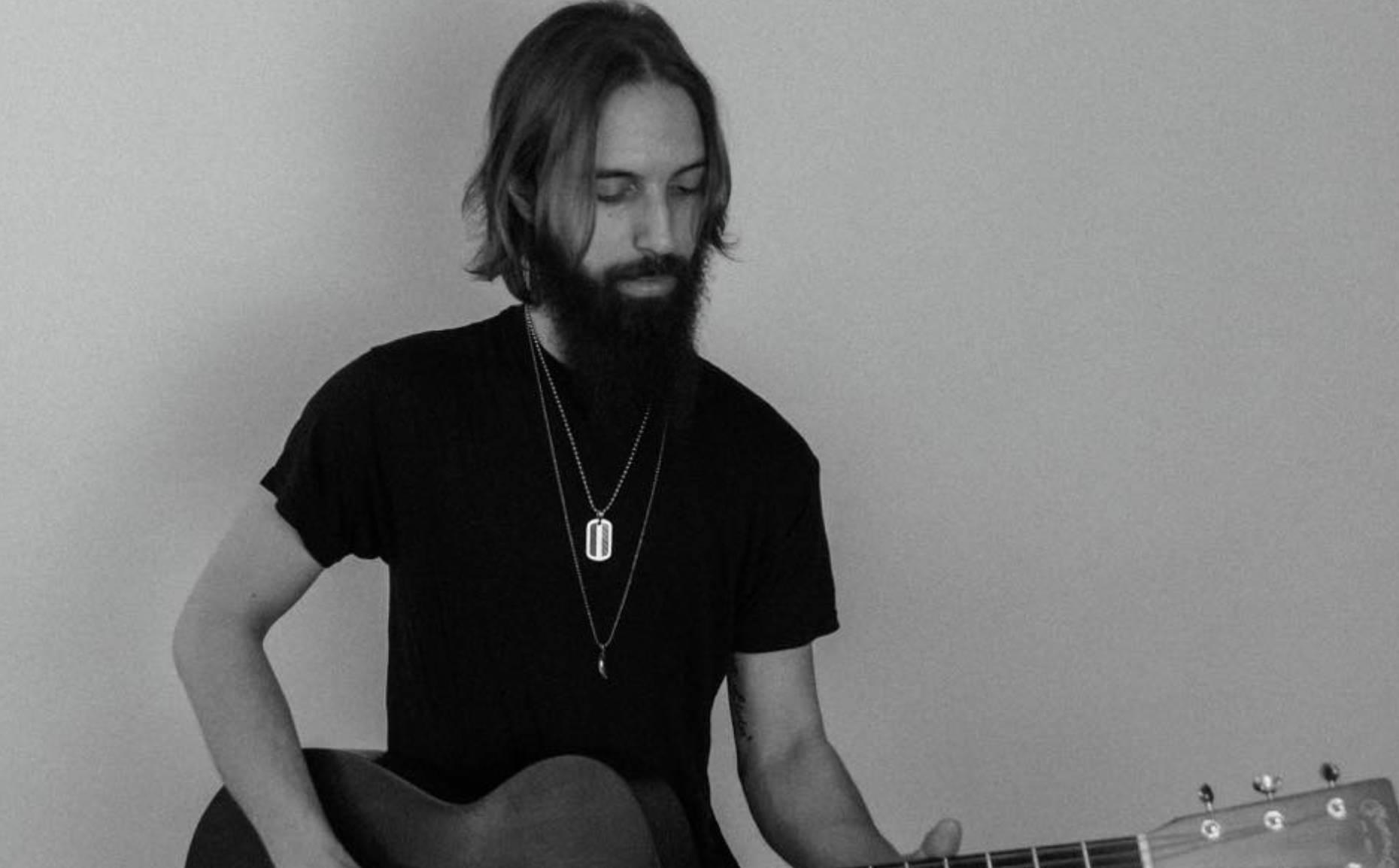 Live Acoustic w/ Hunter Lyons
