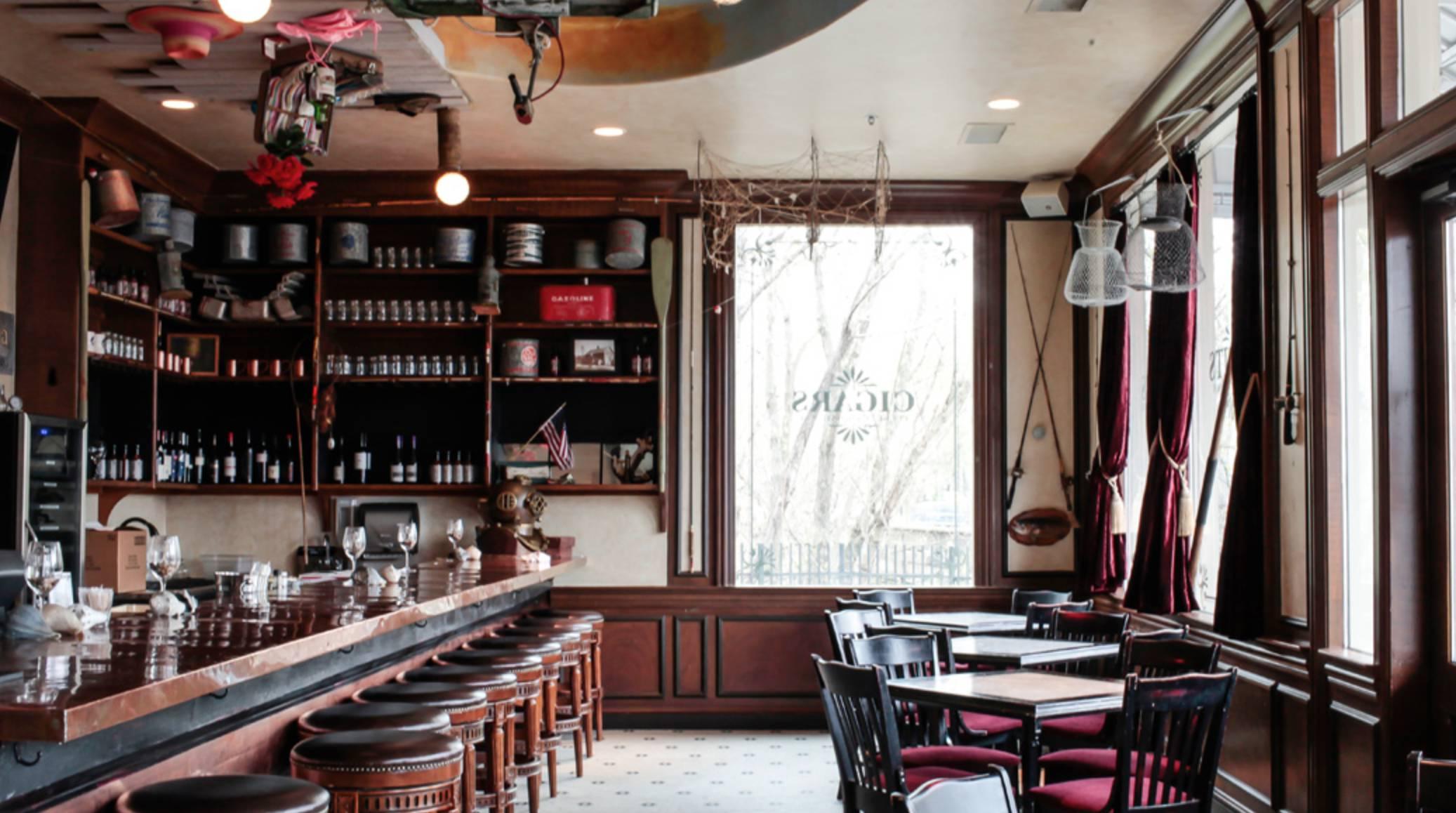 Wine Bar Wednesday 🍷