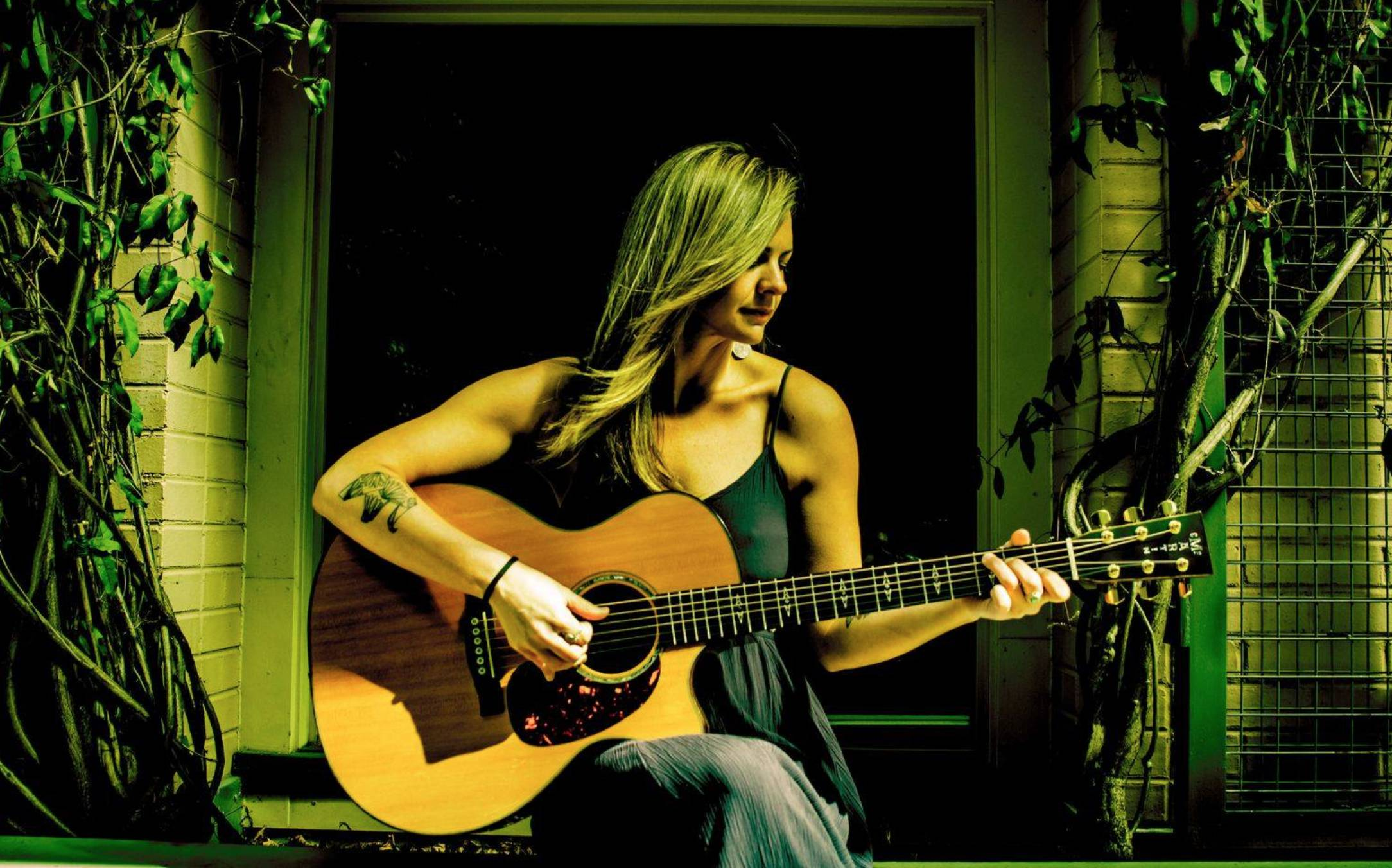 Live Music w/ Heather Leigh Holt