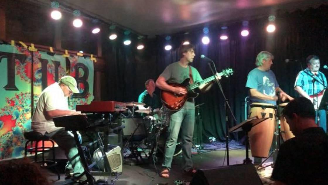 Live Music w/ TUB