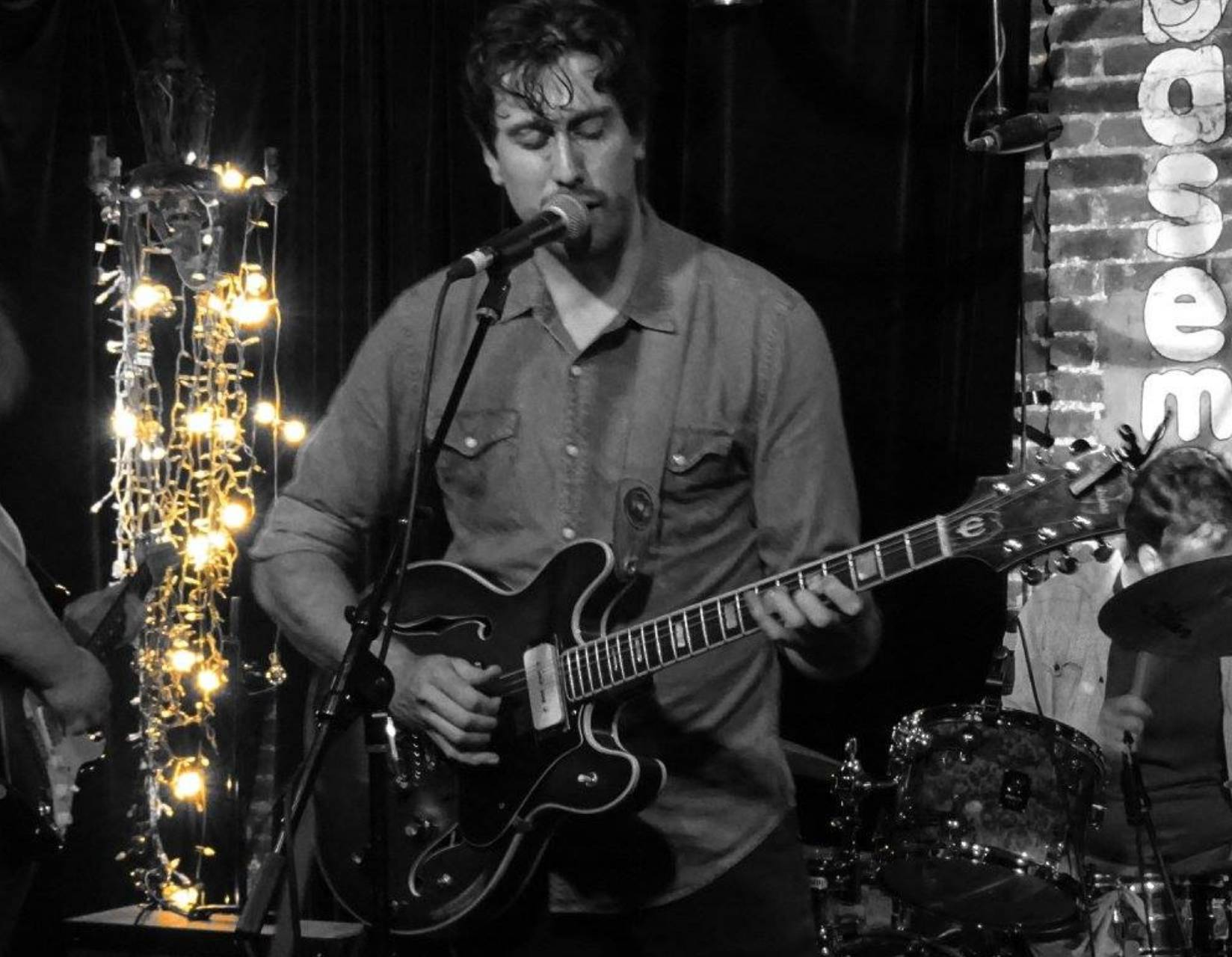 Live Music w/ Sean Quinn