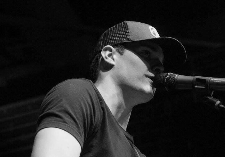 Live Music w/ Jonathan Lee & more