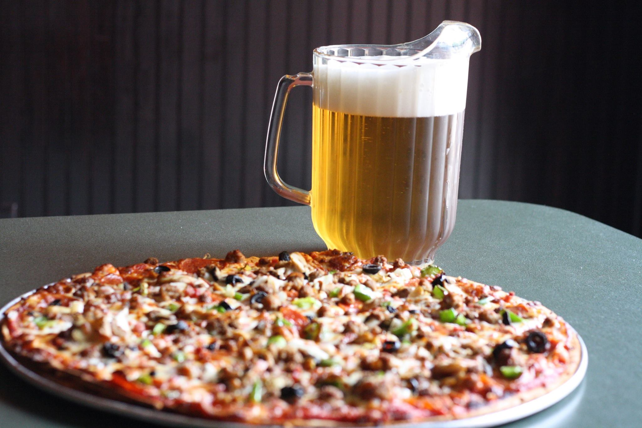 Pizza & Beer Night + Happy Hour (2-7)