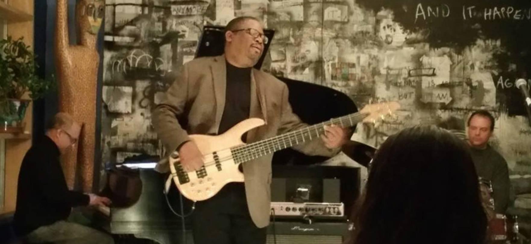 Jazz in the Lounge: Dexter Bell & Friends