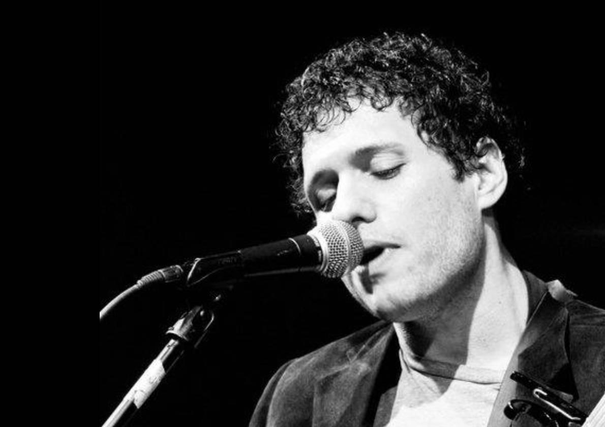 Live Music w/ Jonathan Laird