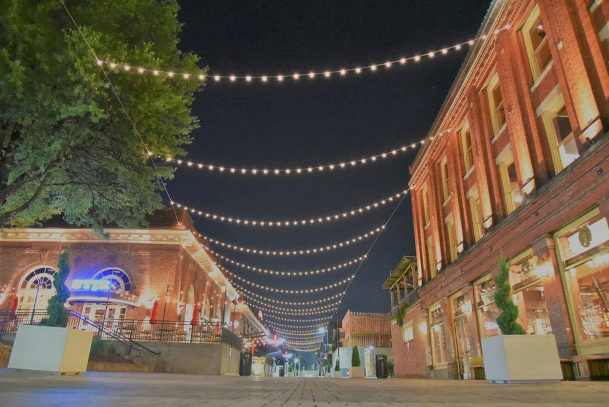 Station Street Wine & Whiskey Festival 🍷🥃