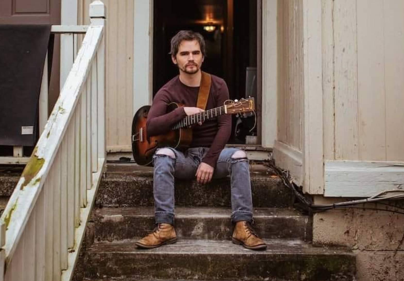Live Sidewalk Music w/ Aaron Bradley