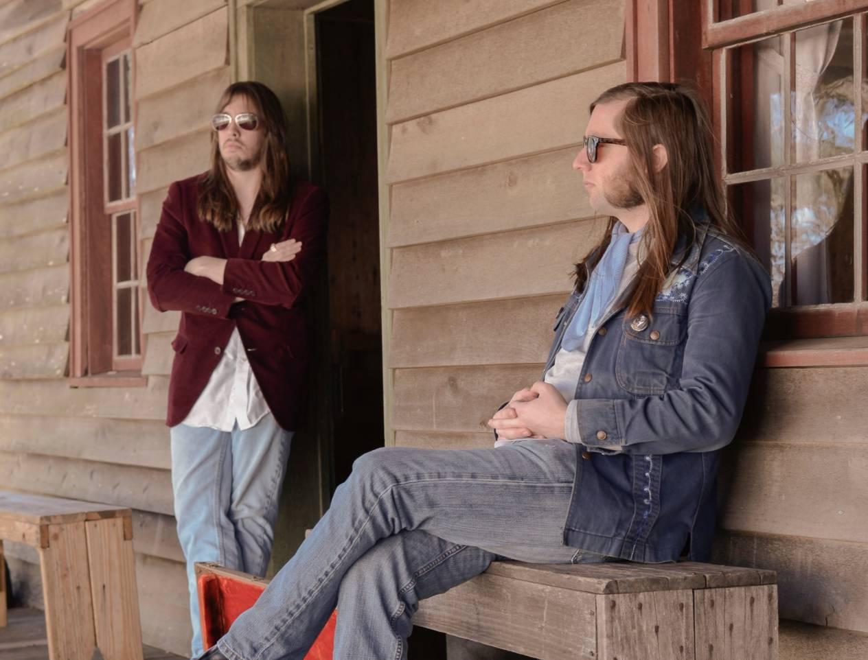 Live Music w/ Shane Davis & Izzy Miller