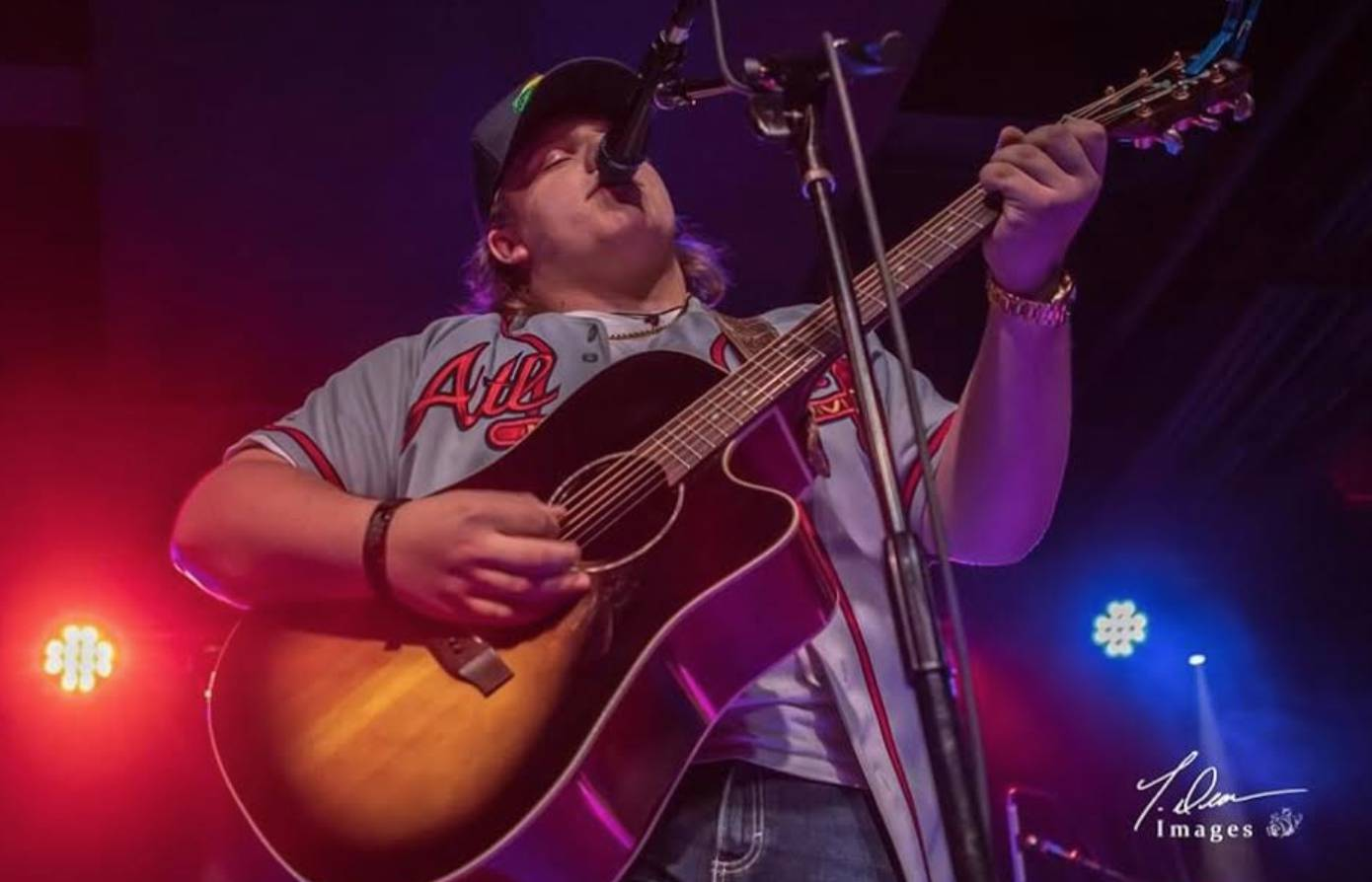 Live Music w/ Camden Smith