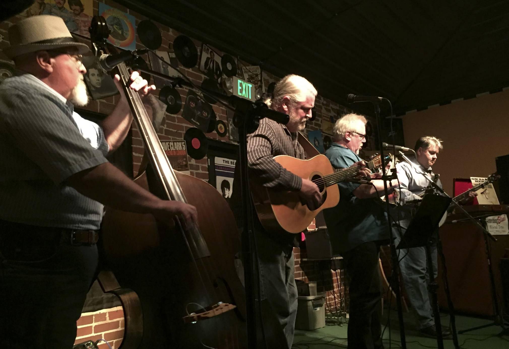 Live Music w/ Cottonmouth Creek