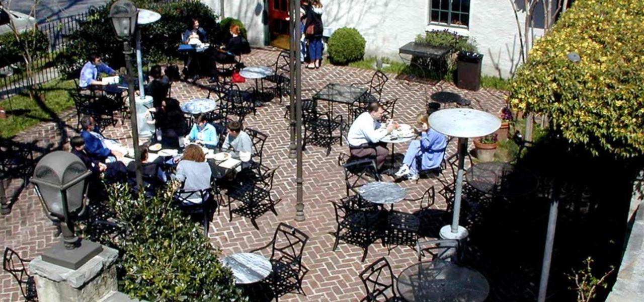 Rembrandt's patio.png