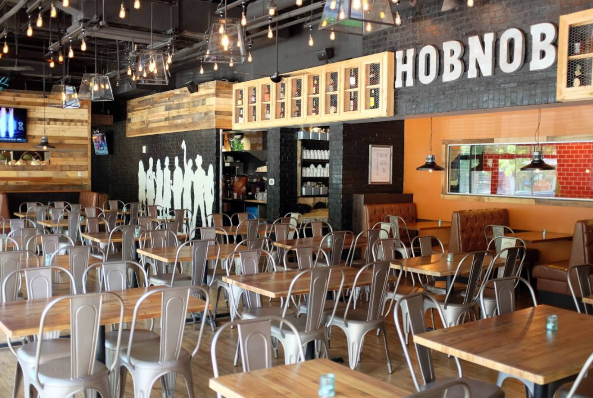 HOBNOB Neighborhood Tavern (Brookhaven)