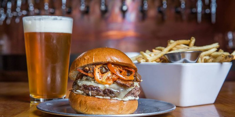 Stout Burgers & Beers