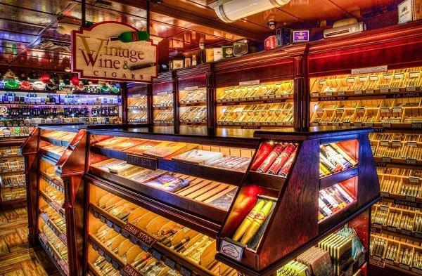 Vintage Cigar Lounge