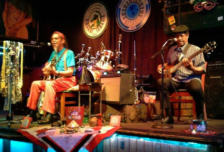 Live Music with Gil Gann & William Scruggs